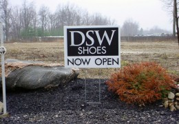 DSW Now Open Sign